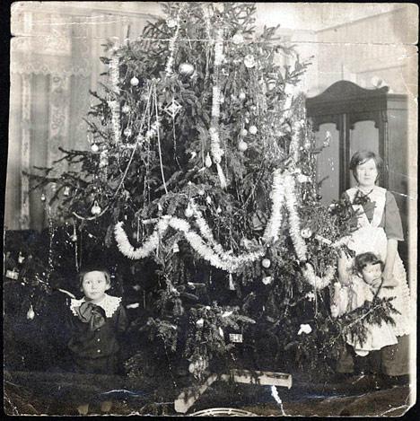 Новогодняя елка в русском стиле
