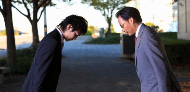 В городе Киото проведут первые курсы обучения японского этикета для иностранцев