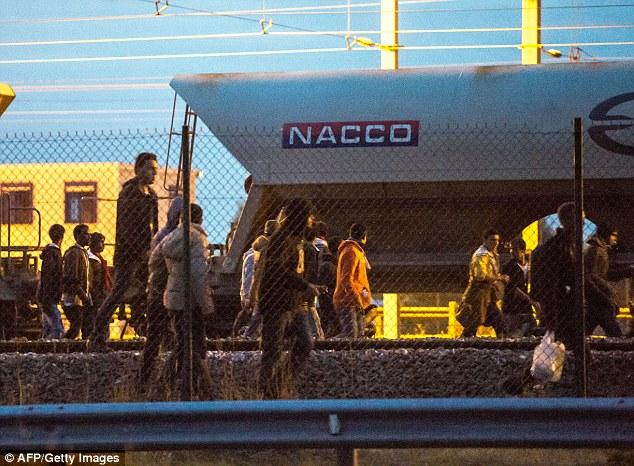 Обострилась проблема мигрантов в Кале