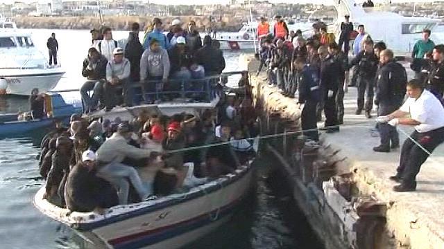 50 беженцев пропали без вести до высадки у Лампедузы