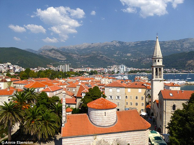 2C0E25DC00000578-3223759-The_view_onto_Budva_s_Old_Town_includes_churches_dating_back_to_-a-2_1441874170113