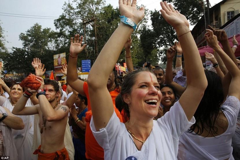 В Индии продолжается празднование фестиваля Кумбха-Мела