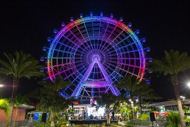 В Орландо открылось новое грандиозное колесо обозрения