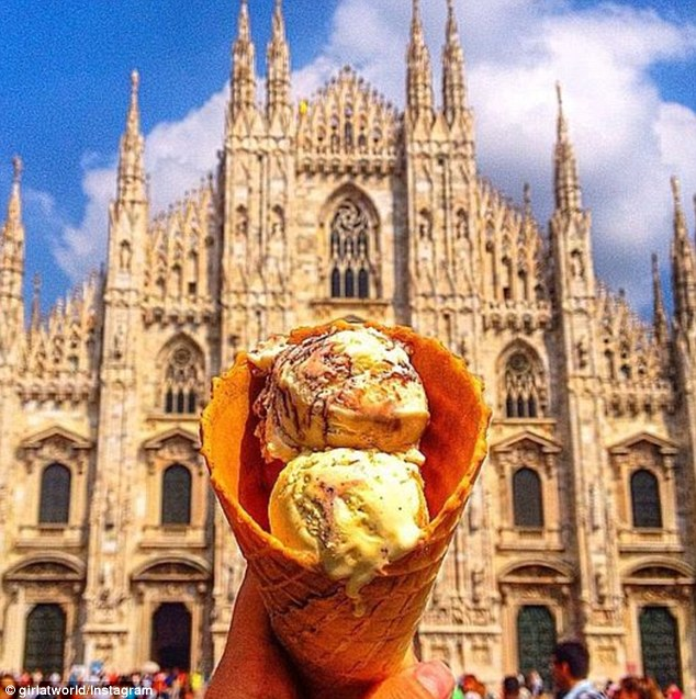 2CBEEEBC00000578-3248731-Gelato_at_Duomo_di_Milano_in_Milan_This_gothic_cathedral_took_ce-m-3_1443177147026