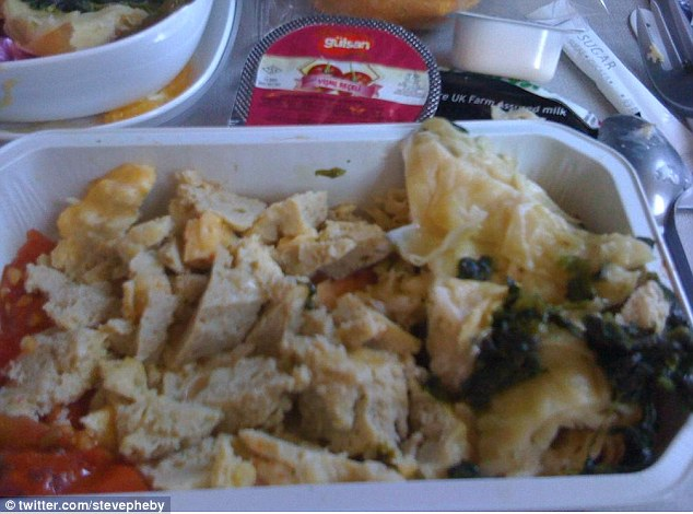 2CE7136C00000578-3253262-Now_that_s_beige_food_steve_pheby_stevepheby_As_a_frequent_flyer-a-44_1443539788598