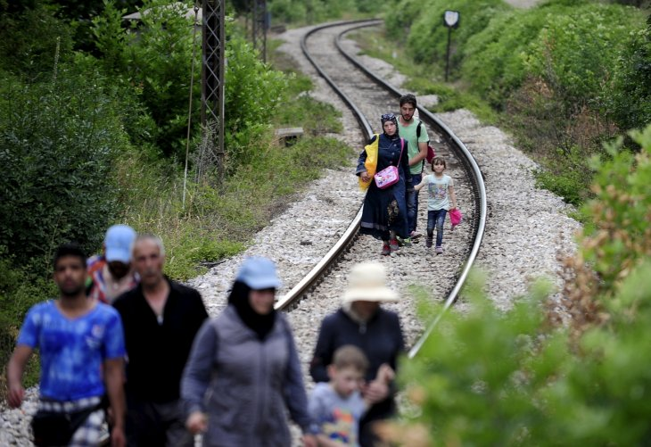 hungary-builds-wall-keep-migrants-out