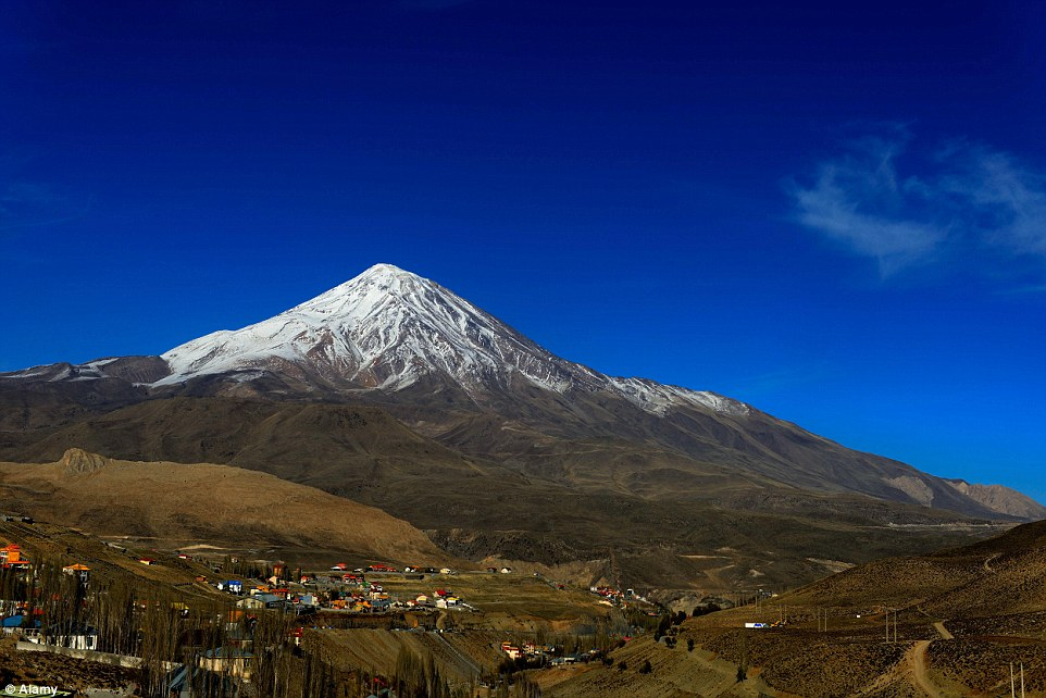 2A9ECCA700000578-3165132-Mount_Damavand_is_a_potentially_active_volcano_with_the_highest_-a-15_1437141281202