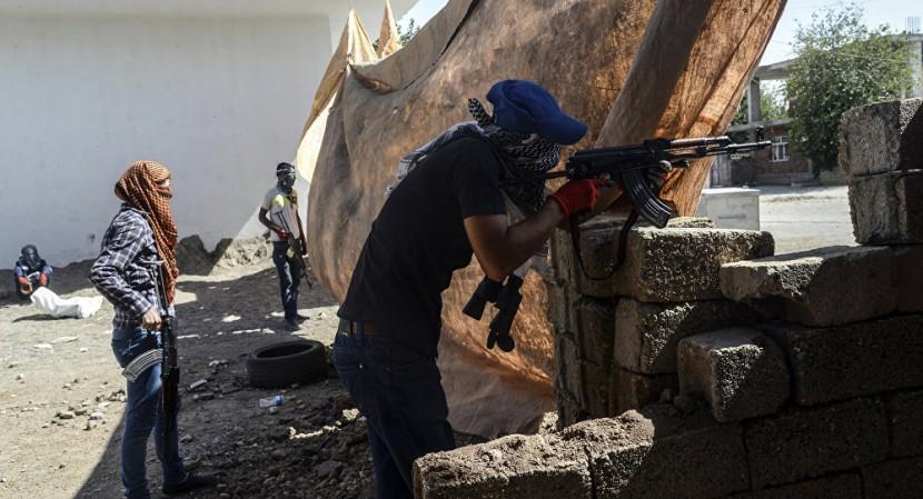 Курдский боевик убит в ходе перестрелки с полицейскими в турецком Диярбакире