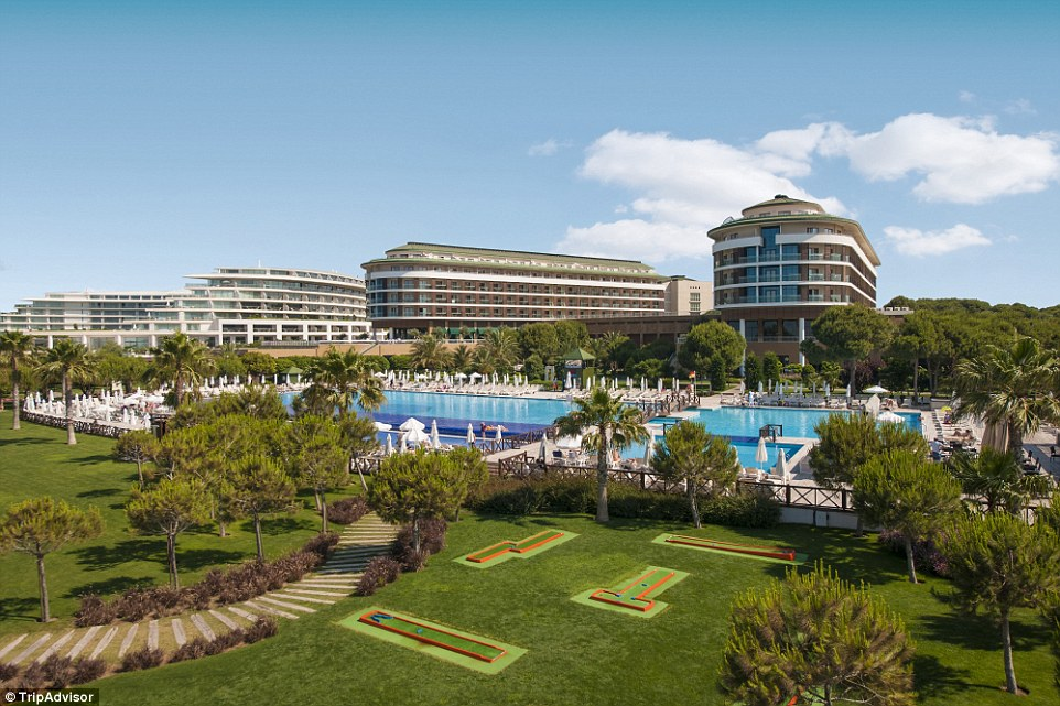 2E5E81D500000578-0-4_The_Voyage_Belek_Golf_Spa_Turkey_is_set_in_the_calming_atmosph-a-39_1447327427591