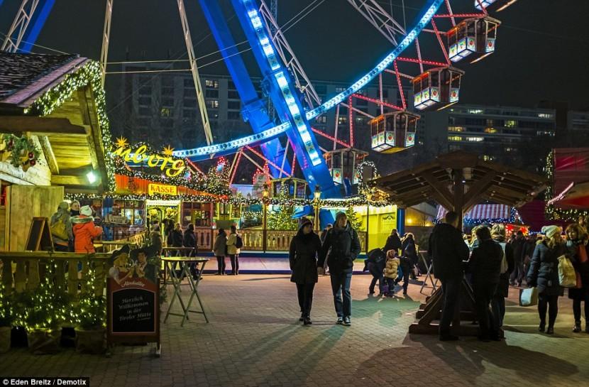 В Берлине открываются рождественские ярмарки