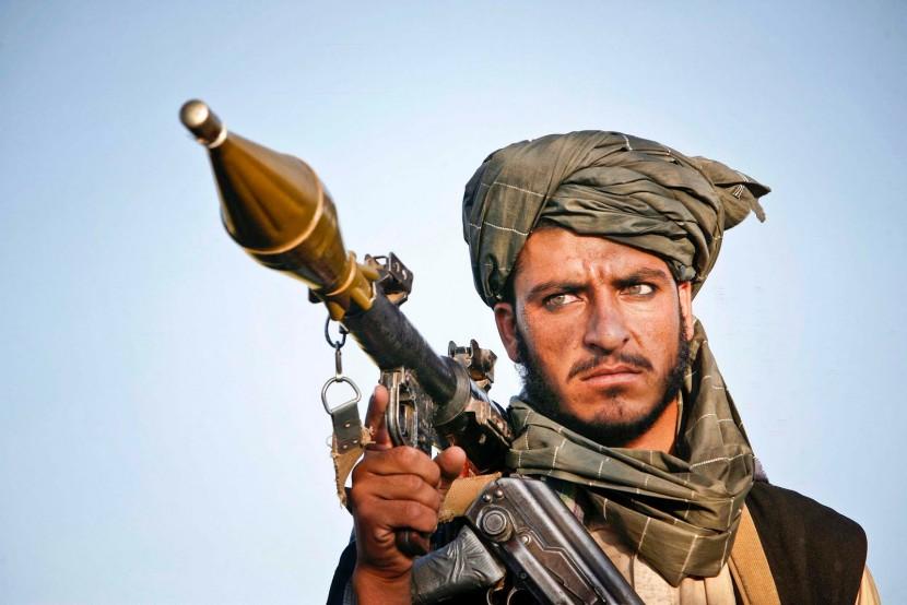 Боевики Талибана захватили в плен 13 афганских военнослужащих в провинции Фарияб