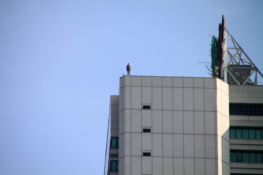 gormley_event_horizon_hong_kong_3