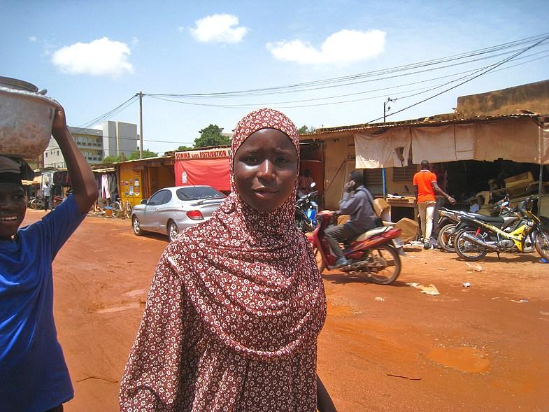 На выборах Буркина-Фасо отмечена самая высокая явка женщин