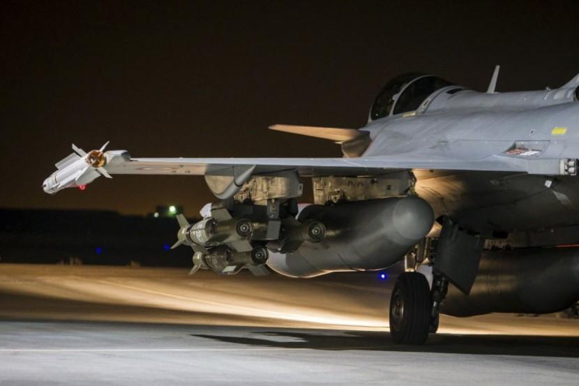 В воскресенье прошла серия авиаударов в Сирии