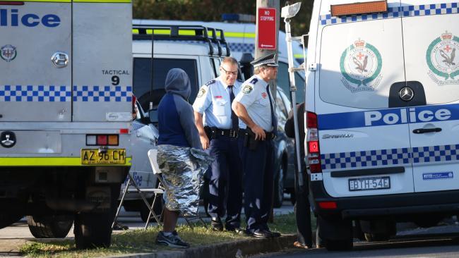Мужчина в Сиднее стрелял в общественном месте
