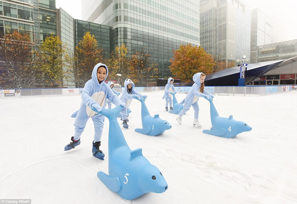 2EF57E7700000578-3339823-The_Canary_Wharf_ice_rink_is_popular_with_work_parties_and_City_-a-26_1449074046067