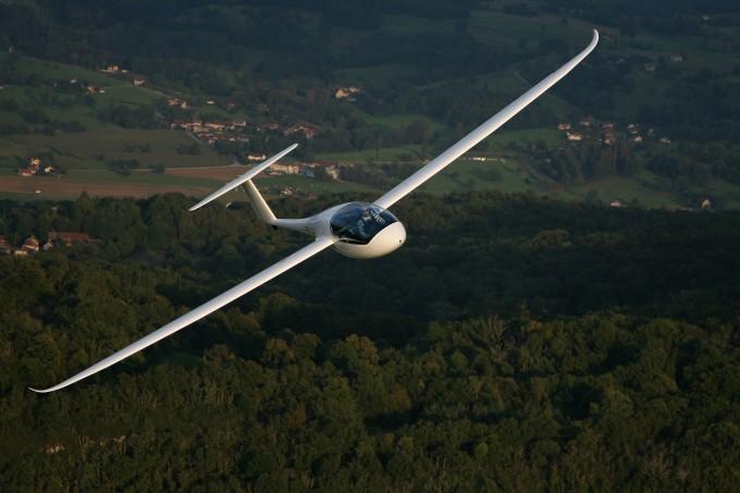 electric-plane-680x453