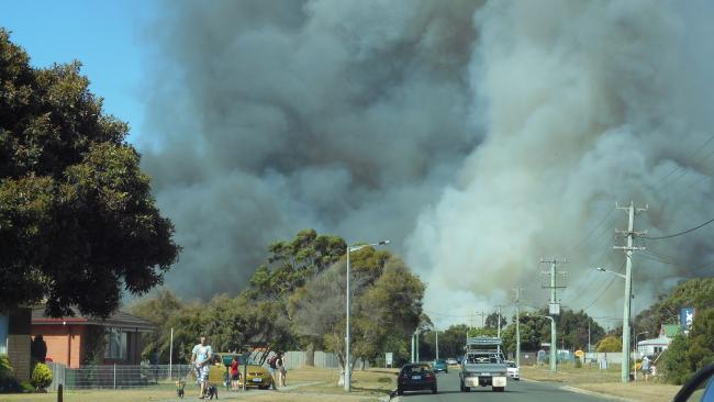 Новый год в Австралии встретят с пожарами и наводнениями