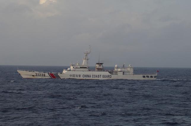 Китайское судно вторглось в территорию Японии в Восточном Китайском море