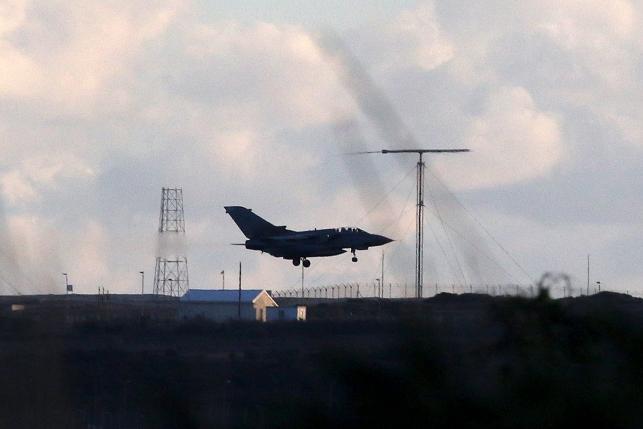 Великобритания присоединилась к военной коалиции против ИГ