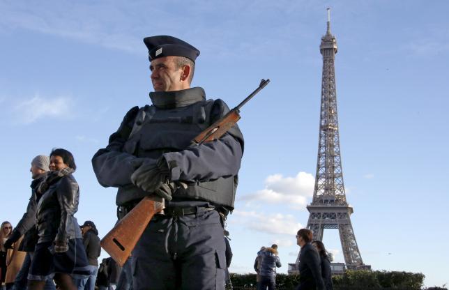 В Париже вновь открываются заведения, пострадавшие в ходе терактов