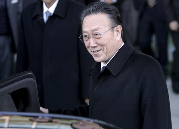 File photo of Kim Yang Gon getting in a car upon his arrival at the transit office near the truce village of Panmunjom