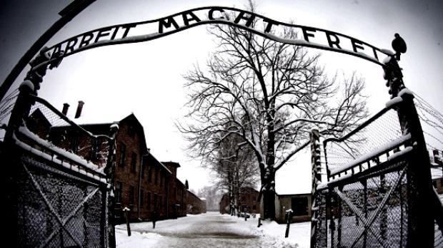 В Германии состоится судебное разбирательство в отношении бывшего медика лагеря Аушвиц