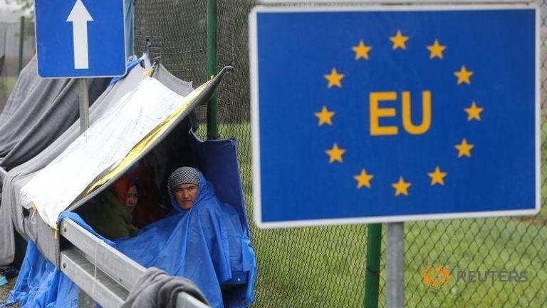 an-eu-sign-is-seen-as