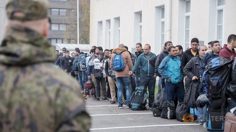 Финляндия откажется от 20 тысяч мигрантов на своей территории
