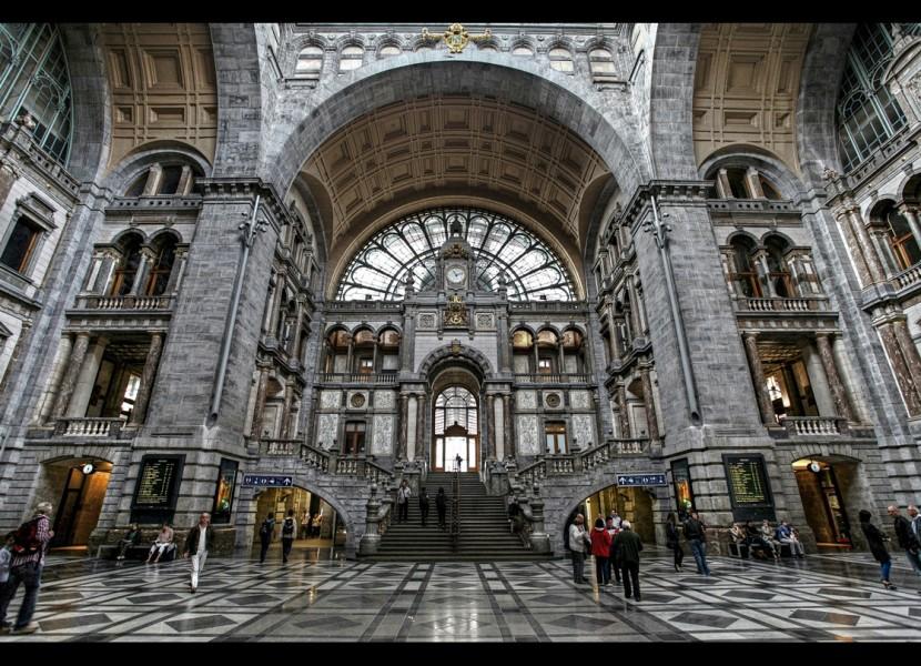 Самые красивые железнодорожные станции в мире
