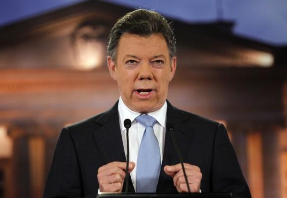 Президент Сантос вводит жесткий закон против кислотных атак