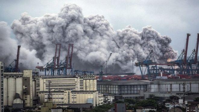 Бразилия: Взрыв стал причиной распространения токсичного газа в Сантосе