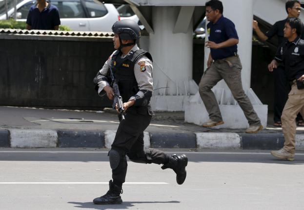 В Джакарте произошел теракт силами ИГ