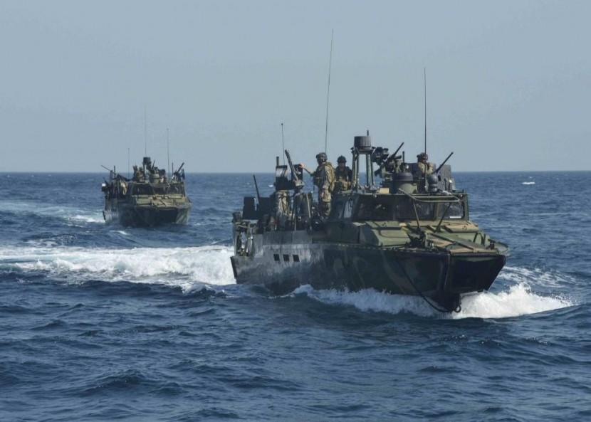 Иран освободил американских матросов, по ошибке вторгшихся в его морское пространство