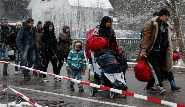 Австрия активно противодействует проникновению мигрантов