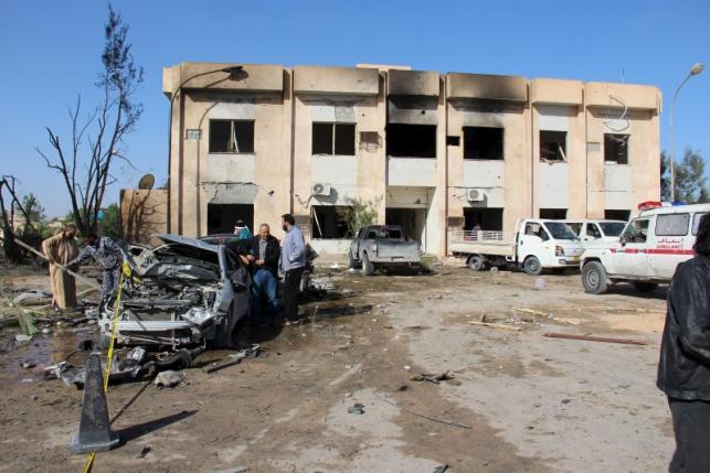 В Зилтене, Ливия, разорвалась бомба вблизи полицейского участка