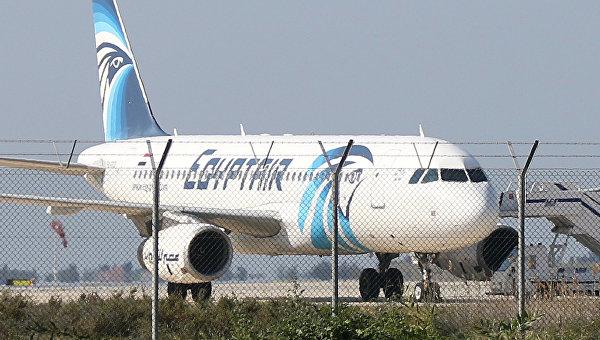 Угонщик египетского самолета арестован на Кипре