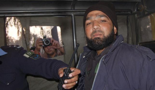 Похороны Мумтаза Кадри собрали большую народную поддержку