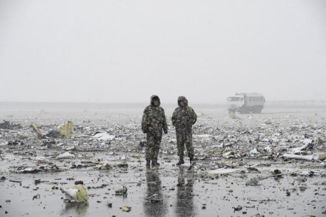 Разбился пассажирский самолет из Дубая вблизи аэропорта Ростова-на-Дону