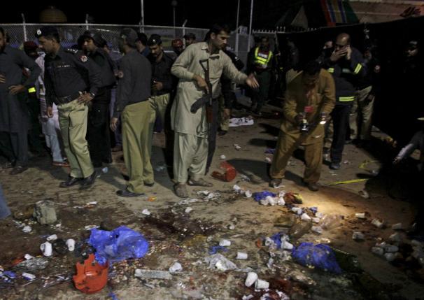 Власти Пакистана ищут виновников воскресного теракта