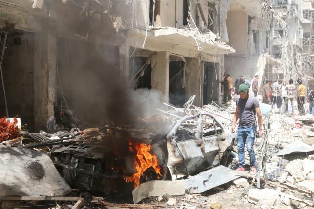 В Алеппо возобновились воздушные атаки