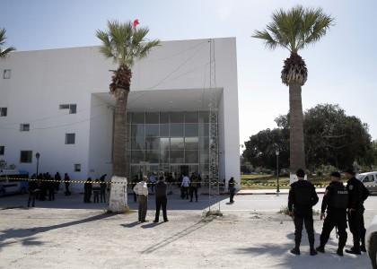 Тунис потратил 4 миллиарда на антитеррор