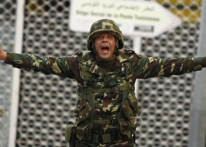 Тунис планирует призывать женщин в армию