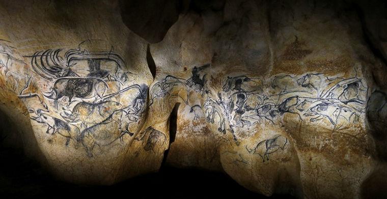 Древние наскальные рисунки под угрозой исчезновения