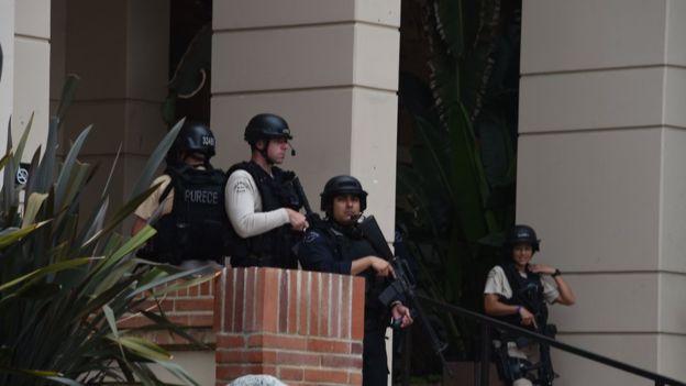 Полиция расследует стрельбу в Калифорнийском Унмверситете