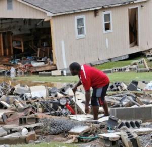 В Западной Вирджинии из-за наводнения погибли 20 человек