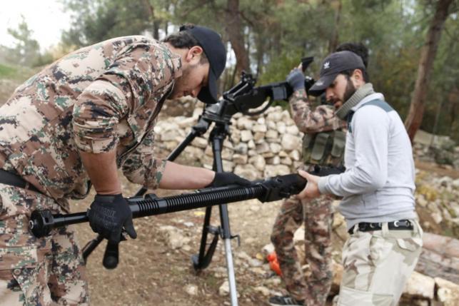 Сирийские повстанцы отвоевывают позиции ИГ в Сирии