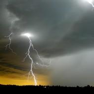 В Индии от молний за день погибли 90 человек