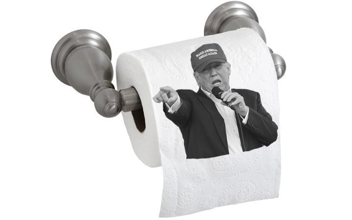 Американцы разбирают туалетную бумагу с Трампом