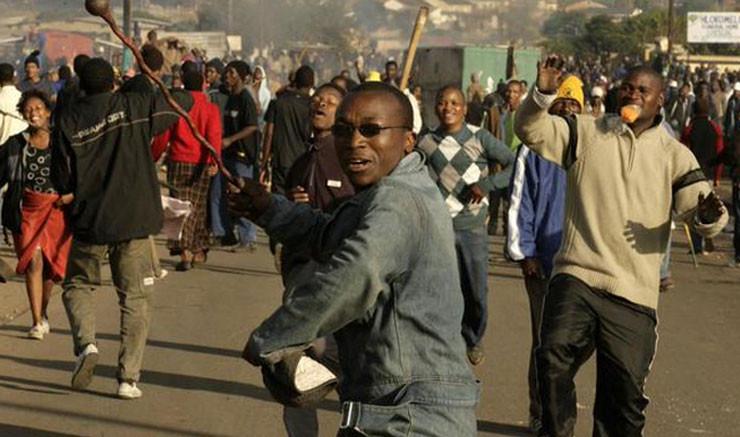 В Нигерии в ходе беспорядков погибли 10 человек